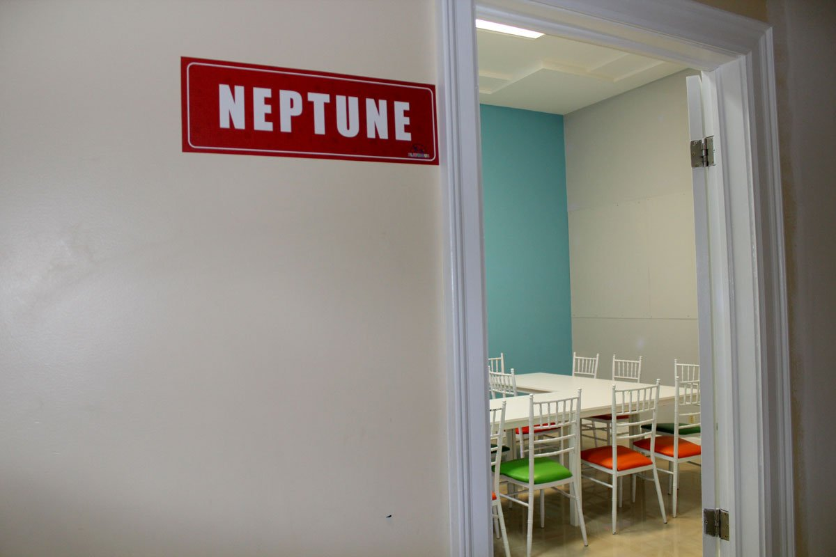 Playcious_Vaughan_Neptune_Party_Room2